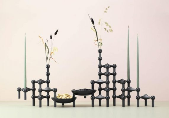 Bougeoir STOFF noirs avec bougies flambeaux